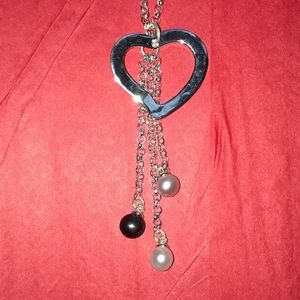 NWT Theee Of Hearts Necklace
